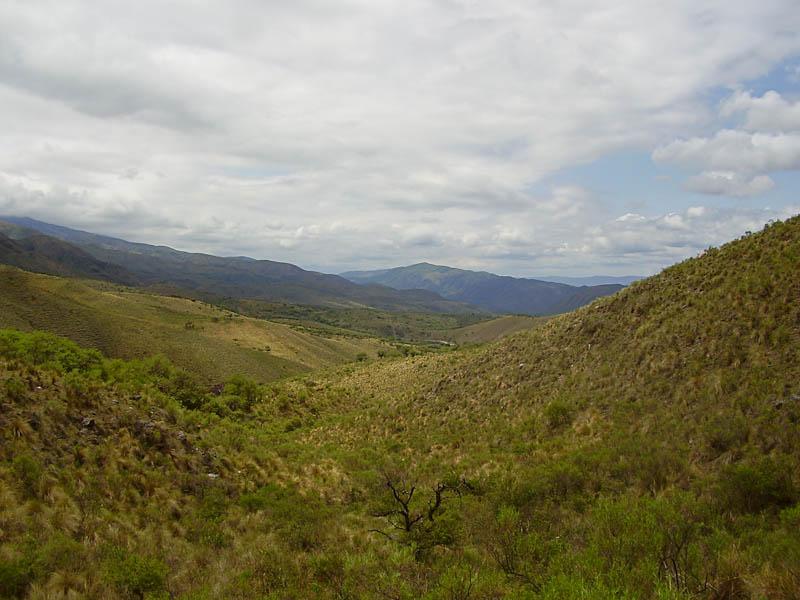 Sierra de Ambato près de la ville d'El Rodeo (Argentine), © Luis Marcelo MICHAUD.